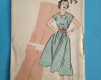 Vintage 1950s Weldons sewing pattern for dress