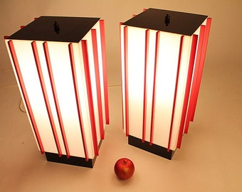 2 UNIQUE 19 in.  PLASTIC LAMP mid century vintage retro atomic era (price is for pair)