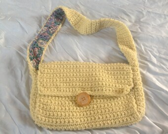 Crocheted Purse with inner liner