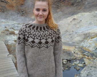 M-Handmade Icelandic  wool sweater. Ready to ship.