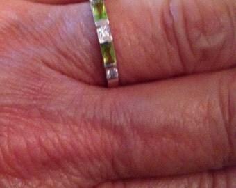 Vintage Rings / Sterling Silver Rings / Peridot Rings / Birthstone Rings / Multistone Rings / Rings Size 7 (Item#ER145)
