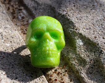 Green Glittery Ghoul Resin Skull Ring