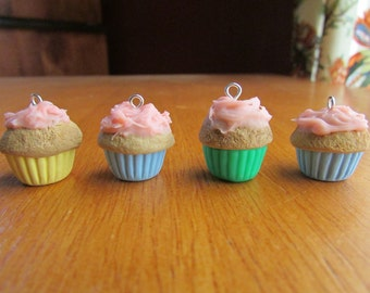 CLEARANCE - 3 Colors- Cute Cupcake Polymer Clay Charm