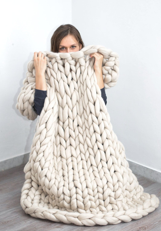 chunky blanket knitted blanket merino wool blanket bulky. Black Bedroom Furniture Sets. Home Design Ideas