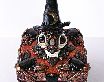 Witch Cat Skull Altar Shrine Magick Box Occult Pagan Art Samhain Halloween Reliquary Memento Mori THE WITCH'S FAMILIAR by Spinning Castle