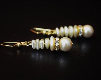 FREE SHIPPING, cream color earrings,cream dangle earrings, ivory color earrings, ivory earrings, cream and gold earrings, ivory dangles,