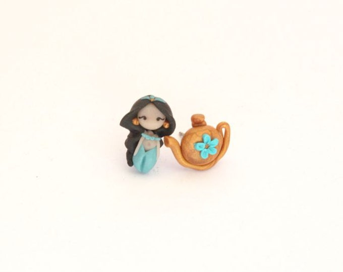 Jasmine, disney princess, stud ,magnetic or dangling earrings.Disney inspired. Disney jewelry . Clay jewelry. Jasmine jewelry.Kawaii.