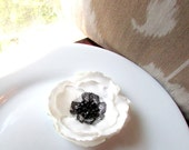 Silk White Poppy Hair Clip or Brooch Pin, Black and White Fabric Flower Broach, White Poppies Wedding, Artificial Flower Accessory, Groom