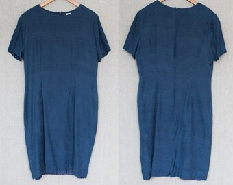 L -((SALE))- Navy blue sheath dress