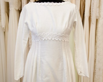 EMILY // Original vintage 1960s wedding dress / UK 8 SALE