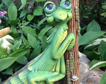 Manny the Praying Mantis--Garden--Garden Art