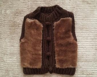Furry vest/knitting/mum and girl/brown/fur/vest/winter/wool vest/toddler/christmas gift/birthday/girl/woman furry vest/woman knitting vest