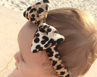Classic Baby bow headband in Leopard Print - Soft stretch fabric