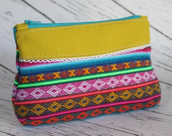 Curvy Clutch - Colorful Bolivian Aguayo
