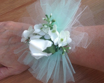 Wrist Corsage. Mint & Ivory. Wedding / Prom / Party