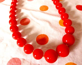 Red with Gold Graduated Necklace Vintage 50's 60's