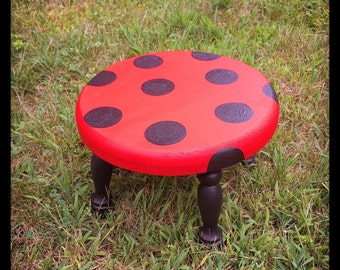 Ladybug Toddler Step Stool, Ladybug Decor, Hand-painted Stool, Nursery Decor, Children's Decor, Kids Stepstool