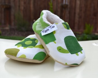 Turtle baby shoes, turtle birthday, cute baby gifts, toddler moccasins, baby clothes, soft sole shoes, non slip baby shoes