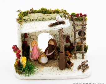 House Nativity, Miniature, Bethlehem, Nature Nativity, Holy Family, Office Christmas, Portal