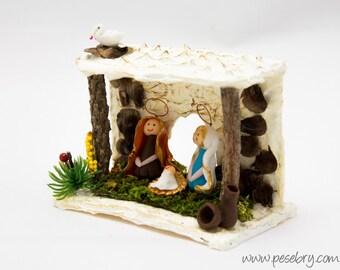 Nativity Miniature - Bethlehem Portal - Nature Nativity - Holy Family - Recycle - Office Christmas - Tiny - Desktop Decor