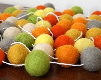 Autumn Felt Ball Garland, Fall Decor, Orange Yellow and Green Pom Pom Garland, Birthday Party Decoration, Thanksgiving Felt Ball Bunting