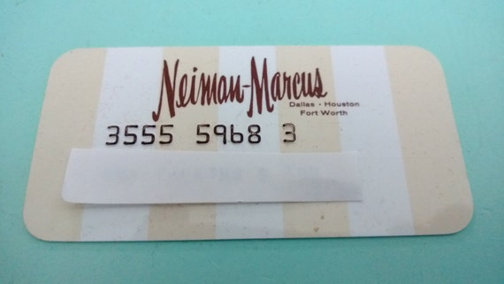 Neiman Marcus Credit Card! Im stuck on wether I should apply for the Neiman Marcus credit card. I've been reading post about people being approved for them, but most of them are from posts done in - .