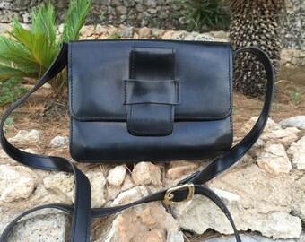 WINTER SALE Messenger Bag 90s / 1990 Black Messenger Bag / Vintage Messenger Bag / Shoulder Minibag/ Black Minibag