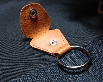 Guitar pick holder: Brown leather