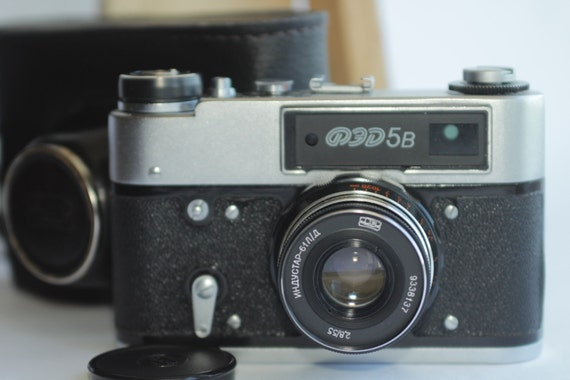 USSR Camera FED-5B , Industar-61L/D 2,8/55 Soviet & Case ж