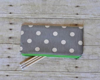 Gray and green pouch, gray pencil pouch, pencil pouch, zippered pouch, gray and green zippered pouch, brushes pouch, pencil bag