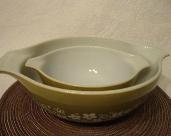 Vintage Pyrex Green Spring Blossom Bowls