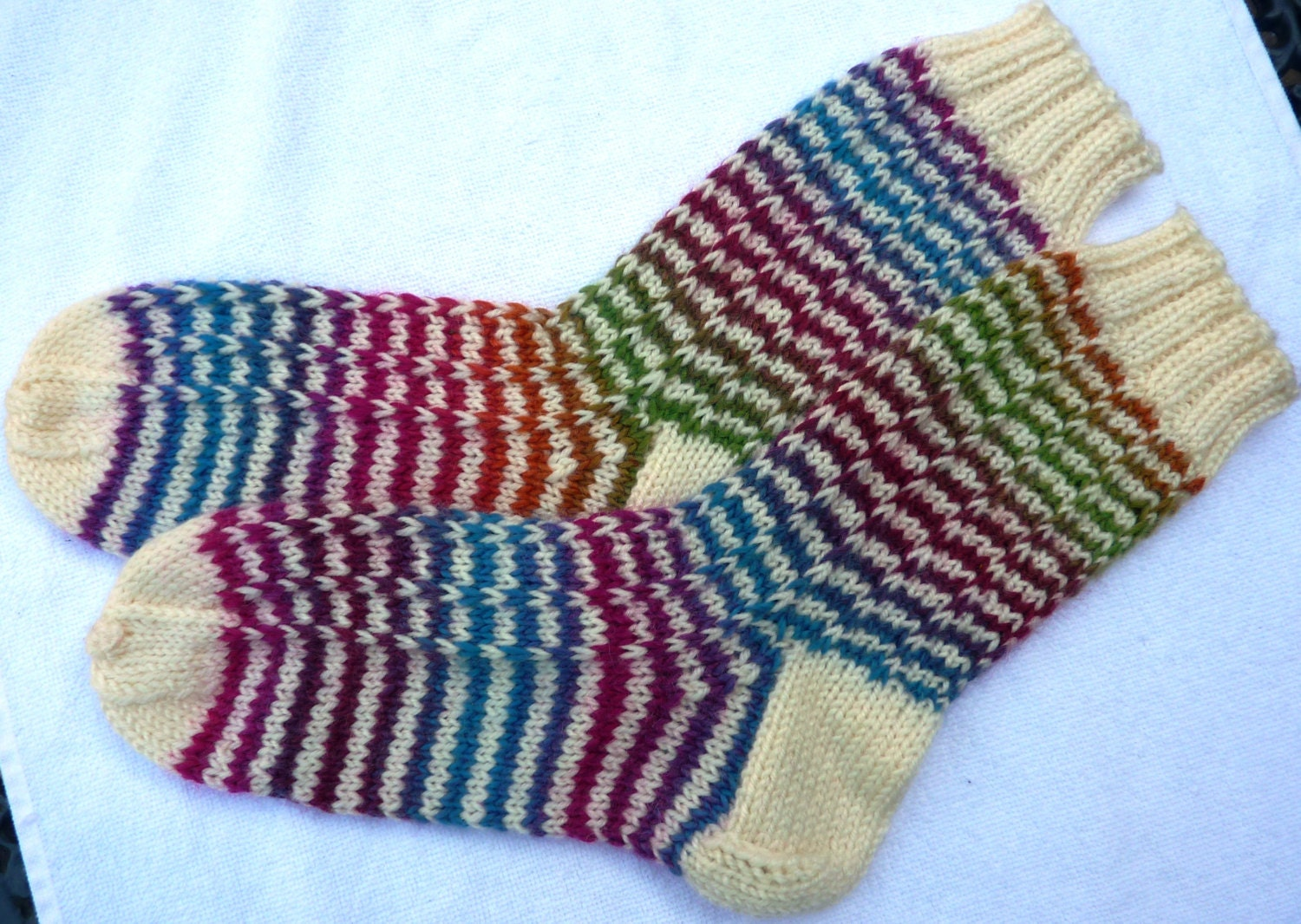 Knitting Pattern For Sport Socks : Warm and soft knitted socks Sport socks knit Knit boot