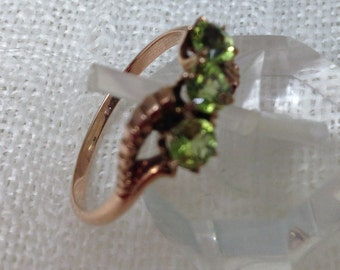 Victorian Peridot Ring Set in 10k Rose Gold