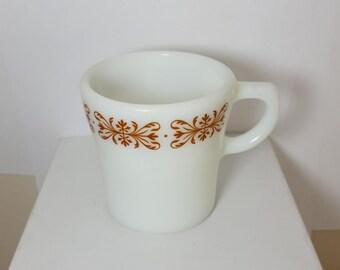 Pyrex Copper Filigree Milkglass Mug