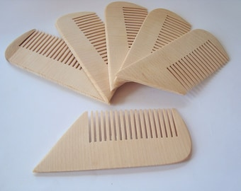 Set of 6 wood combs. Wooden combs. Wood combs. Eco-friedly wooden combs. Eco-friendly wood accessories