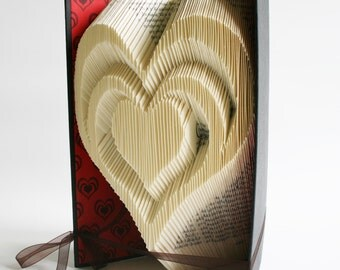 3 Heart Book Folding Pattern: Plus free printable downloads (pdf) to personalise your book art and full step by step tutorial.