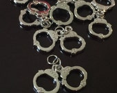 5 PC Handcuffs Charm-Police Charm-Handcuffs Charms-Antique Silver Tone Charm