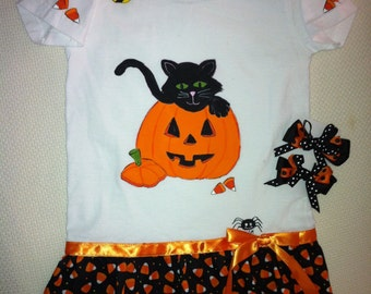Halloween dress to make your little goblin look special throughout the day