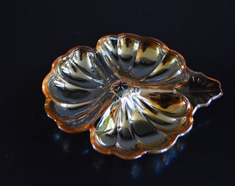 "Vintage Divided Amber Dish, Candy or Nut Dish, Relish Tray (5.5"")"