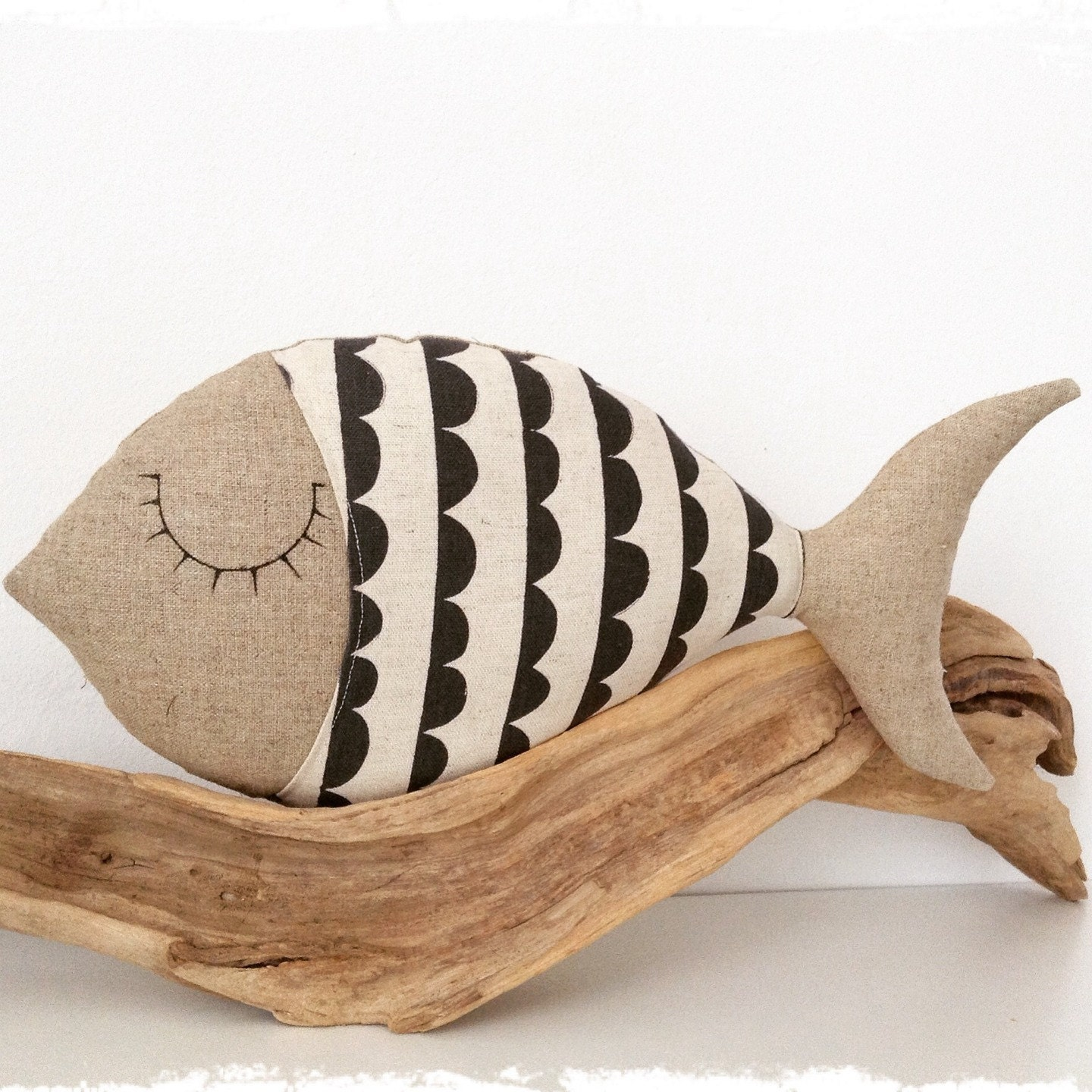 Fish pillow linen and japanese fabric for Fish shaped pillow