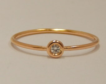18K Yellow Gold Diamond Bezel Ring