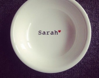 Handpainted ring dish with heart personalised with name