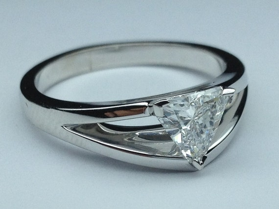 1 01 Carat Total Weight Trillion Cut Diamond Solitaire Split