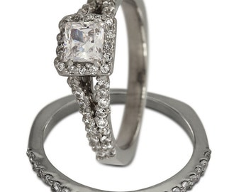 Diamond Bridal Set In 14k White Gold With A Princess Cut Engagement Ring Design
