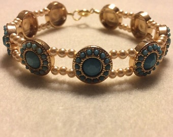 Made with Swarovski pearls