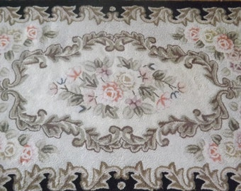 Vintage Hooked Rug Shabby Chic Style