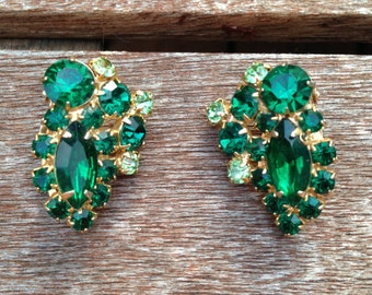 Vintage Emerald Green and Peridot Rhinestone Earrings