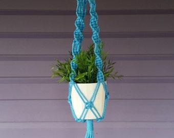 Macrame plant hanger Ocean Blue