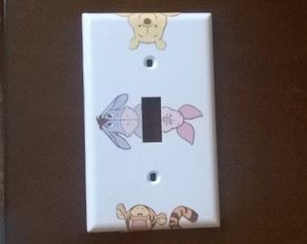 Peeking Winnie the pooh & friends lightswitch cover