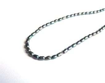 Blue green pearls 4x2 mm on P0150 Wireless